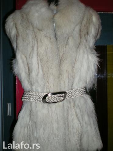 Snezno bela - Srbija: Ženska odeća