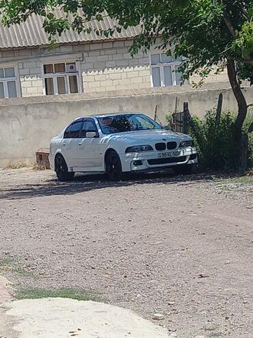 BMW 5 series 3.5 l. 1998 | 330000 km