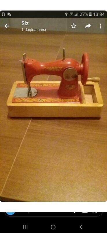 - Azərbaycan: Suviner və oyuncaq kimi istifadə edilə bilər.1970 ci ildə Moskvadan