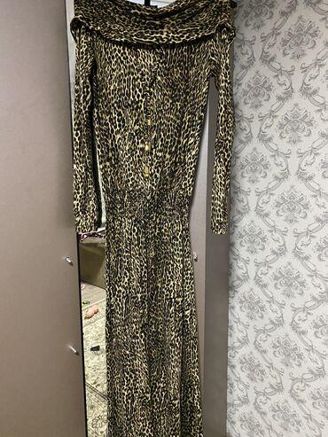 Продаю платье длинное в хорошем состоянии
