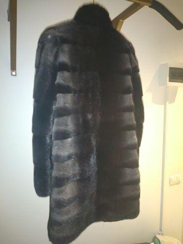слип без рукавов в Кыргызстан: Продаю норковую шубу,размер 44-46,б/у. Покупала в Снежной Королеве