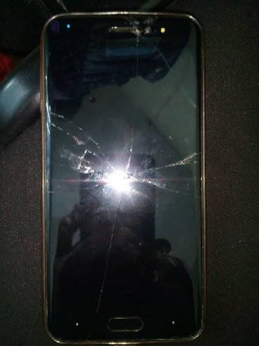 смартфон zte blade x3 в Кыргызстан: Продам на запчасти смартфон ОАЛЕ Х3 в г. Оше. Корпус треснут, надо зам