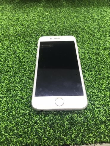 Apple Iphone - Состояние: Б/У - Бишкек: Б/У iPhone 6 128 ГБ Серебристый