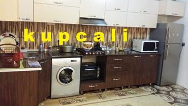 Bakı şəhərində Tecili 5 otaqli kupcali orta temirli ev satilir