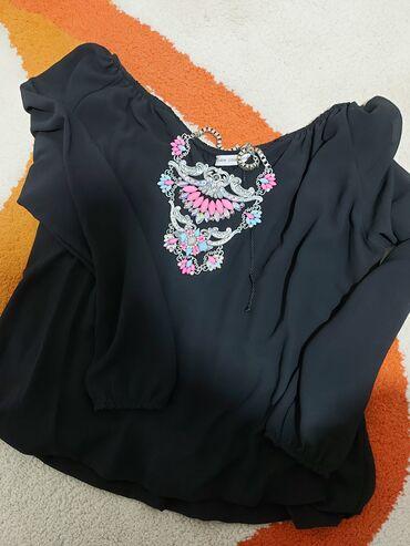 Crna kosulja,bluzica Univerzalne vel Top stanje 400din