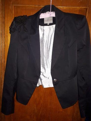 Пиджак, размер 42,44. сидит красиво,приталеный. в Бишкек