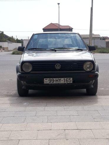 Volkswagen - Azərbaycan: Volkswagen Golf 1.8 l. 1989   300 km