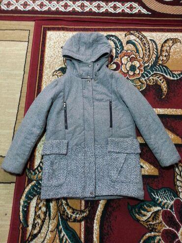 Куртка в отличном состоянии. Качество корея . Размер 46~48