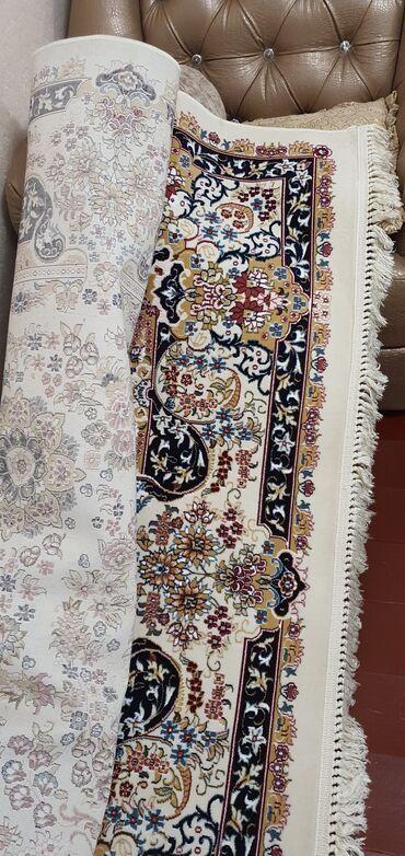 Декор для дома - Бишкек: Ковер белый с коротким ворсом,качественный, длина 6м,ширина