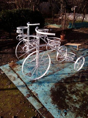 - Azərbaycan: Velosiped, dekorativ velosiped heyet ve bag evleri ucun, foto sessiya