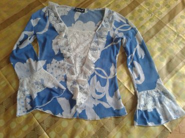 Elegantna bluzica uz telo od tila i cipke kao nova,rastegljiva,odgovar - Valjevo