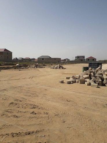Bakı şəhərində Suraxanida marşurutdan 40 metir arali torpaq sahələrimiz