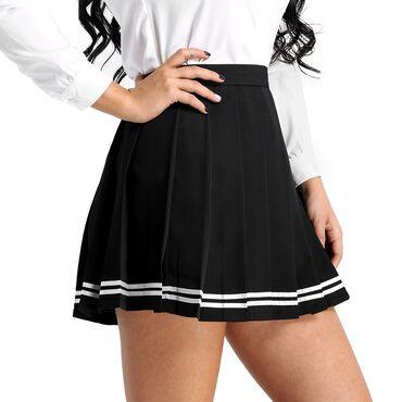 Женская юбка в черном цвете  Размер стандартный подходит на 46-48