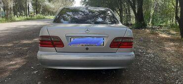 Mercedes-Benz E-Class 2.4 л. 2000