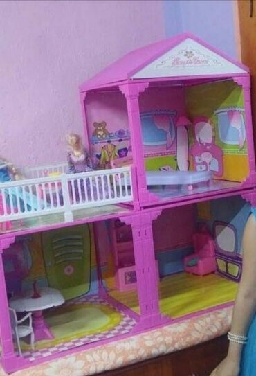Игрушки - Лебединовка: Кукольный домик. В отличном состоянии, все детали в наличии. 1200