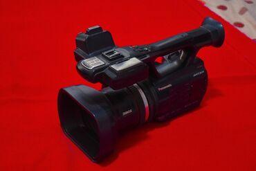 Видеокамеры - Джалал-Абад: Сатылат Профессиональное камера PANASONIC  Хороший состояние