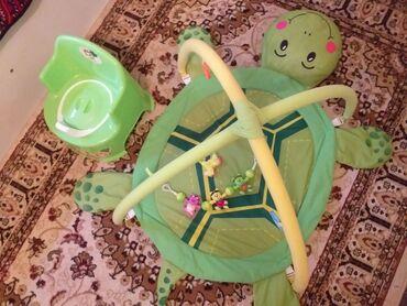 Другие товары для детей - Кыргызстан: Продается детский КОВРИК помыла,чистая(пятен,дырки нету)в наличии