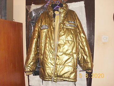 Prodajem nekorišćenu debelu nepromočivu ellesse jaknu. Jakna je