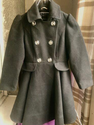 next shorty в Кыргызстан: Модное детское пальто на 7-8 лет в отличном состоянии. Фирма Next