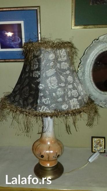 Unikatna stilska lampa RUZA, u dobrom stanju, na mesinganom postolju. - Belgrade