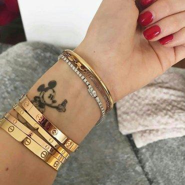Bakı şəhərində C. Rose gold luxury