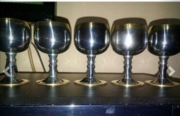 Čaše za piće - Srbija: 6 kom, male rakijske, 24-karatna pozlata, zepter. Kao nove