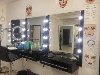 Продаю зеркало для визажистов с проф. Освещением.  в Бишкек
