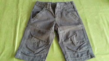 Kratke pantalone za dečake vel.6 god.(očuvane,imaju lastis za