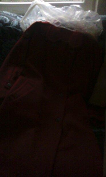 Zenski kaput. Velicina 40. Proizvodjac modna konfekcija osijek - Bor