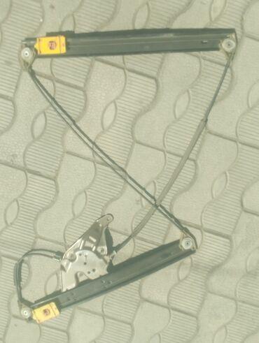 Механизм стеклоподъёмникалевая передняя сторона,новый Ауди А5 С5