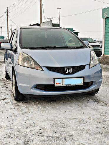 Honda Fit 1.3 л. 2008 | 200 км