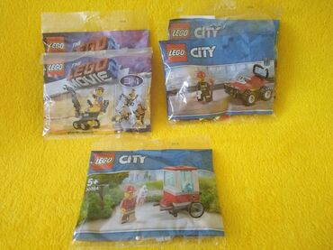 Lego kocke - Srbija: Lego kockice novo u pakovanju U ponudi 5 kesica Cena 500 din pakovanje