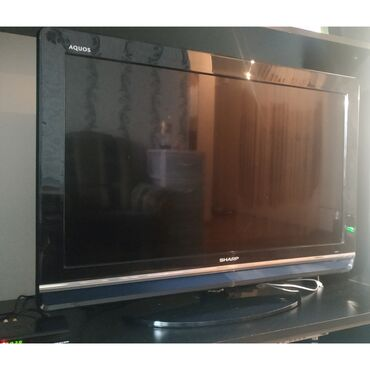смарт тв 32 в Кыргызстан: Телевизор SHARP 32, б/у состояние хорошее, плюс тв приставка