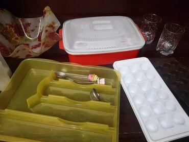 Кухонные принадлежности - Бишкек: Для столовых и для дома Хлебница, свечи на батарейках, контейнер, форм