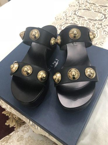 Сандалии и шлепанцы в Кыргызстан: Новые шлепки 38.5 размер Италия  Vicini