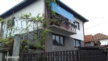 Prodajem kucu u tuzli ulica armije bih 422 cijena po vidjenju objekta. - Novi Sad