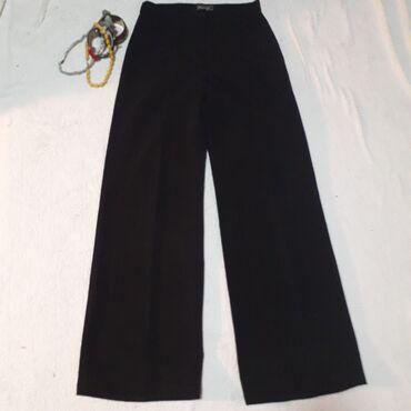 Crne pantalone - Srbija: Klasične zvoncare od mekog, elastičnog materijala koji se ne gužva