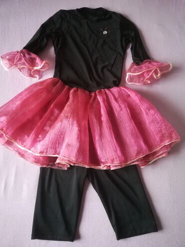 Haljina za balet vel 8, jednom nošena, kombinacija elastin i filc