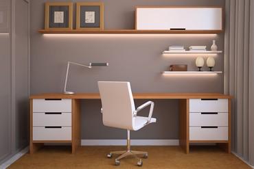 Bakı şəhərində Yazı masası