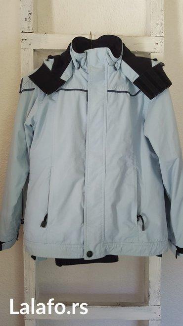 Decija ski jakna, velicina 176cm. Svetlo plava boja. Odlicno ocuvana. - Beograd