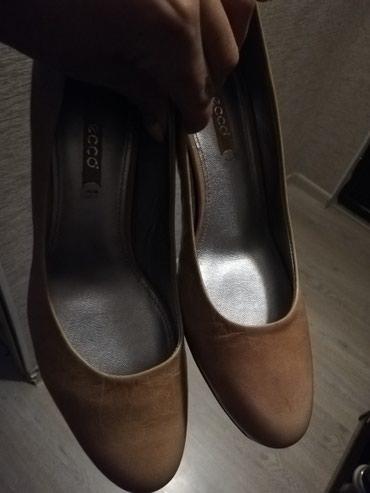 ecco zimnie в Кыргызстан: Новые туфли Ecco кожаные бежевые, Италия 39 размер