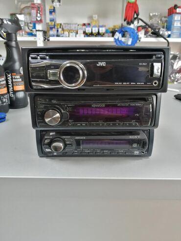 Cd radio na prodaju soni, jvc, kenwud,, poseduju aux, usb, ispravni
