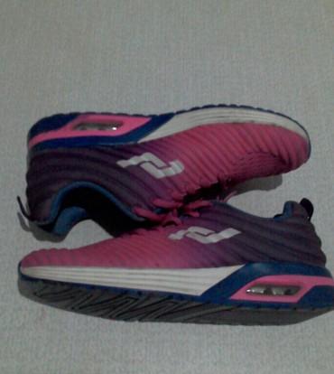размер платья 36 40 в Кыргызстан: Кроссовки и спортивная обувь 36