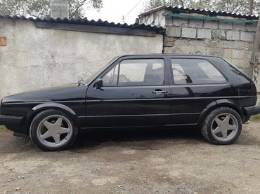 Volkswagen Golf 1986 в Бишкек