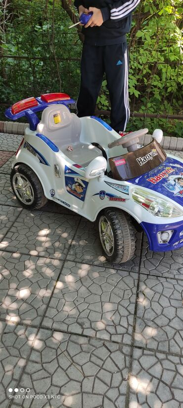 Детские электрокары - Кыргызстан: Детский электромобиль Полиция,белый.Детский электромобиль T-7646 это