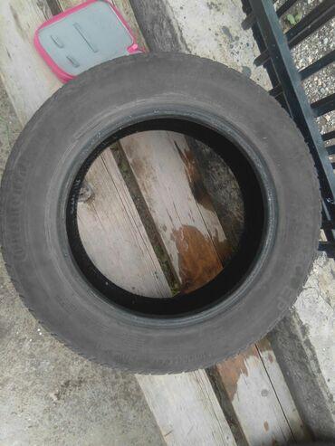 Prodajem letnje polovne gume broj165/70 R14 . 81 T