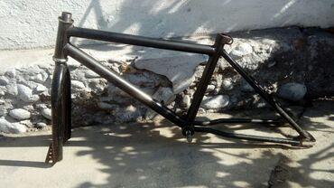 детский велосипед навигатор трайк в Кыргызстан: Рама Bmx с рулем и вилкой и передние колесо есть задние тоже есть тока
