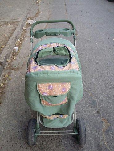 Bakı şəhərində Uşaq arabasi.normal veziyyetde.