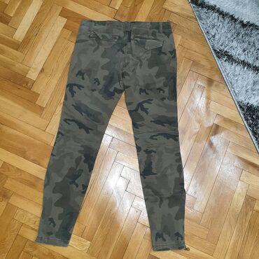 Zara farmerke - Srbija: Prodajem Zarine military farmerice, 38 velicina
