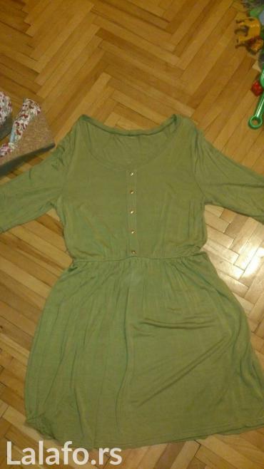 Zelena haljina, nova,nikada nošena, šivena je, odgovara vel. 40/42 - Barajevo